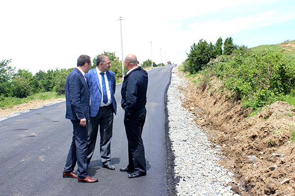 ბრეძა-ატოცის დამაკავშირებელი გზის 6 კმ-ან მონაკვეთზე საგზაო სამშენებლო სამუშაოები აქტიურად მიმდინარეობს