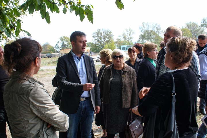 The Governor in Shida Kartli got familiar with the population of Imereti street, in  Khashuri