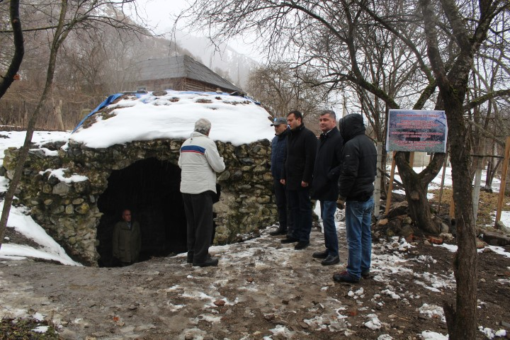 Pre-rehabilitation works of the historic bath started  in the village of Ortubani