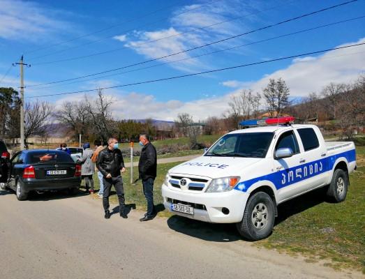 კასპის მუნიციპალიტეტის 3 სოფელში პოლიციის სპეციალური საკონტროლო პუნქტები მოეწყო.
