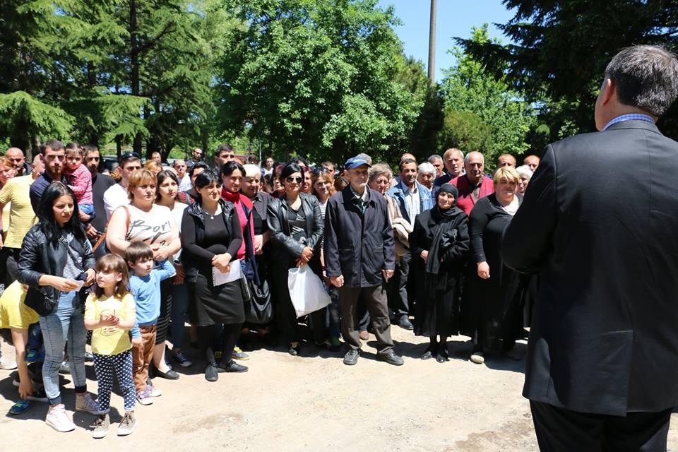 63 დევნილი ოჯახი საცხოვრებელი ფართის მფლობელი გახდა