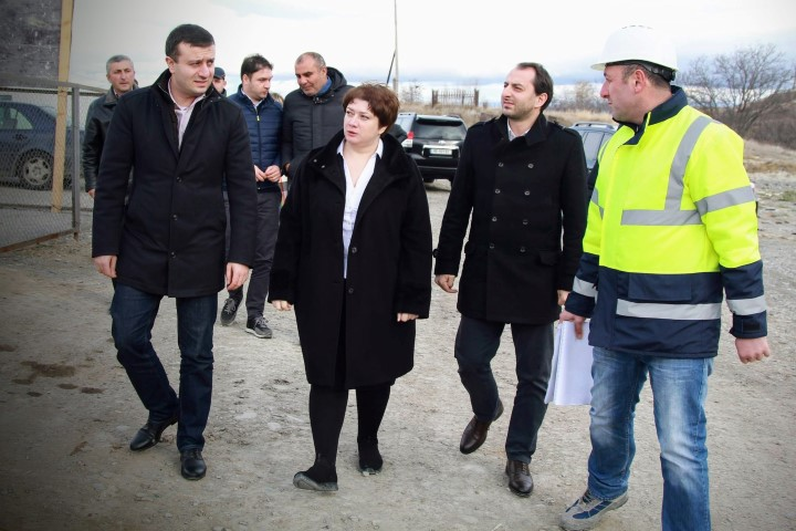 Government Officials got Acquainted with the Ongoing Works in Kaspi Municipality